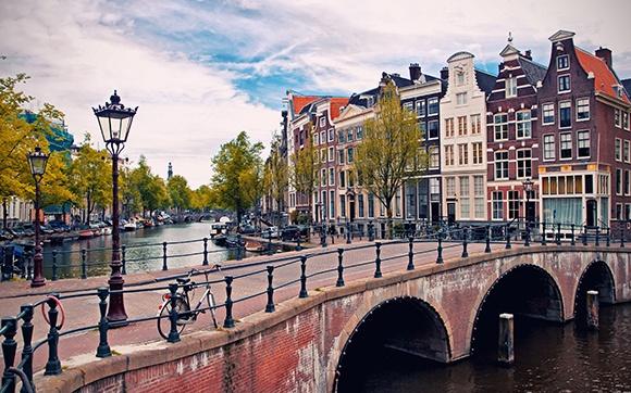 2 elektriciens beschikbaar in Amsterdam